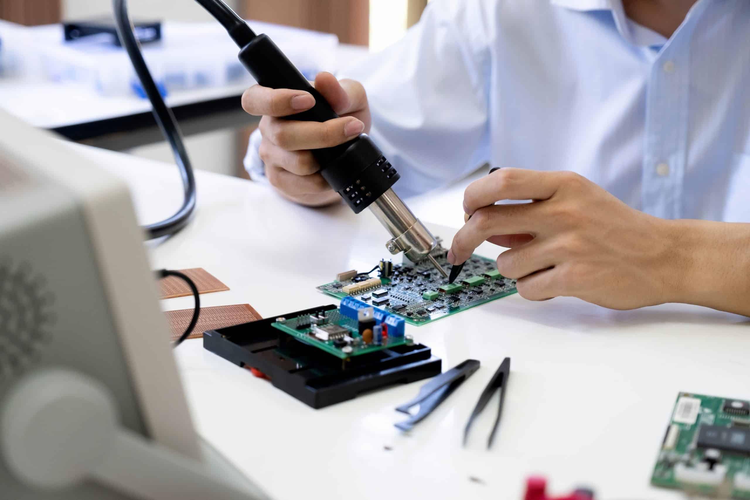 wingate electronics engineer